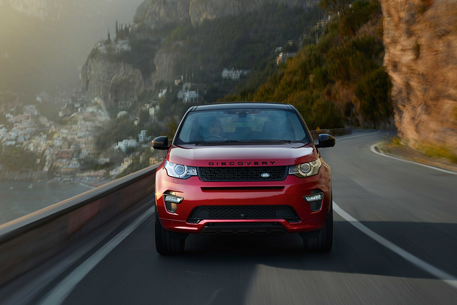 Our Favourite Features of the Land Rover Discovery Sport