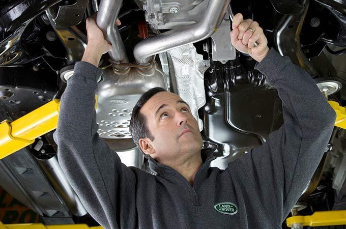 Book a Land Rover Service
