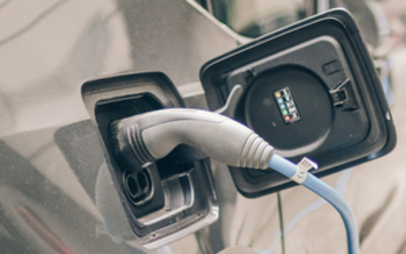 Electric Car Charging Points To Become Wireless