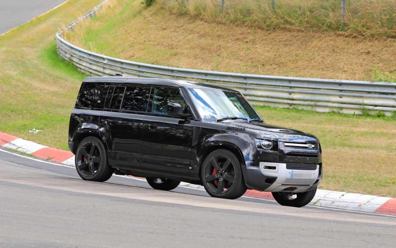 Could There Be A 2021 Land Rover Defender V8 On The Cards?