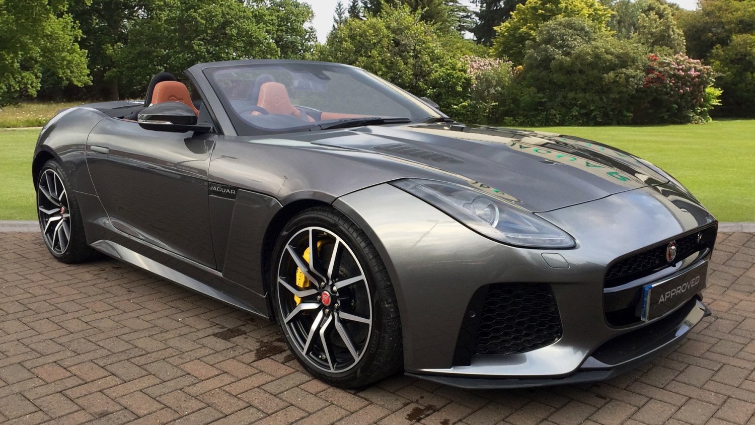 used jaguar f type 5 0 supercharged v8 svr 2dr auto awd petrol convertible for sale farnell. Black Bedroom Furniture Sets. Home Design Ideas
