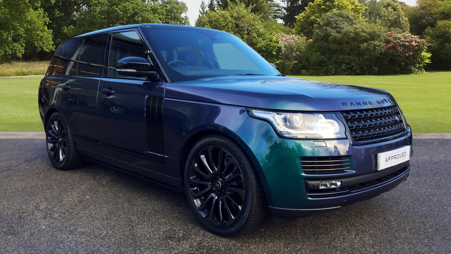 used land rover range rover 4 4 sdv8 autobiography 4dr auto diesel estate for sale farnell. Black Bedroom Furniture Sets. Home Design Ideas