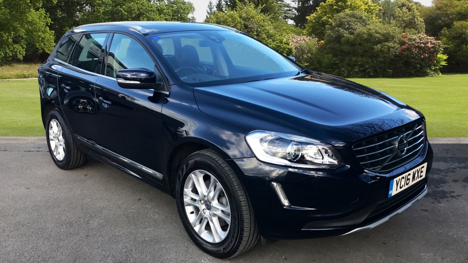 used volvo xc60 d5 220 se lux nav 5dr awd geartronic diesel estate for sale farnell land rover. Black Bedroom Furniture Sets. Home Design Ideas