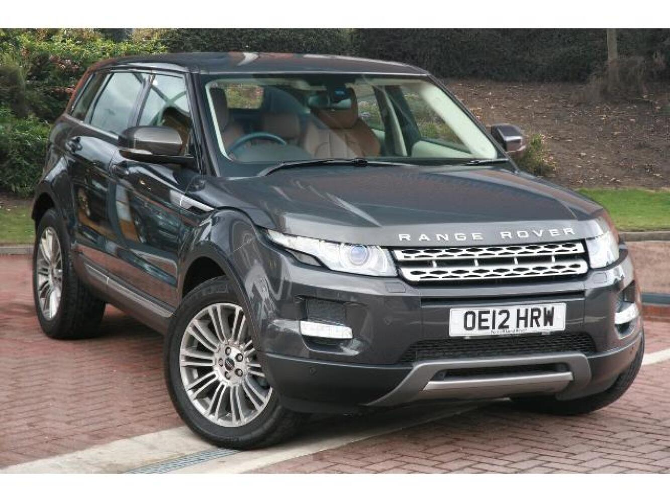used land rover range rover evoque 2 2 sd4 prestige 5dr diesel hatchback for sale farnell land. Black Bedroom Furniture Sets. Home Design Ideas