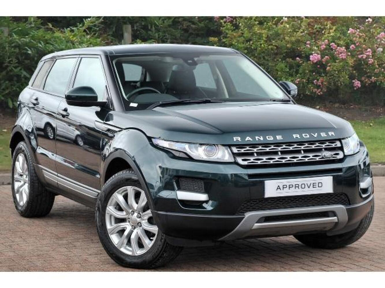 used land rover range rover evoque 2 2 ed4 pure 5dr 2wd diesel hatchback for sale farnell land. Black Bedroom Furniture Sets. Home Design Ideas