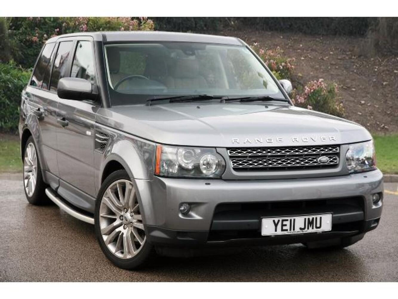 used land rover range rover sport 3 0 tdv6 hse 5dr commandshift diesel estate for sale farnell. Black Bedroom Furniture Sets. Home Design Ideas