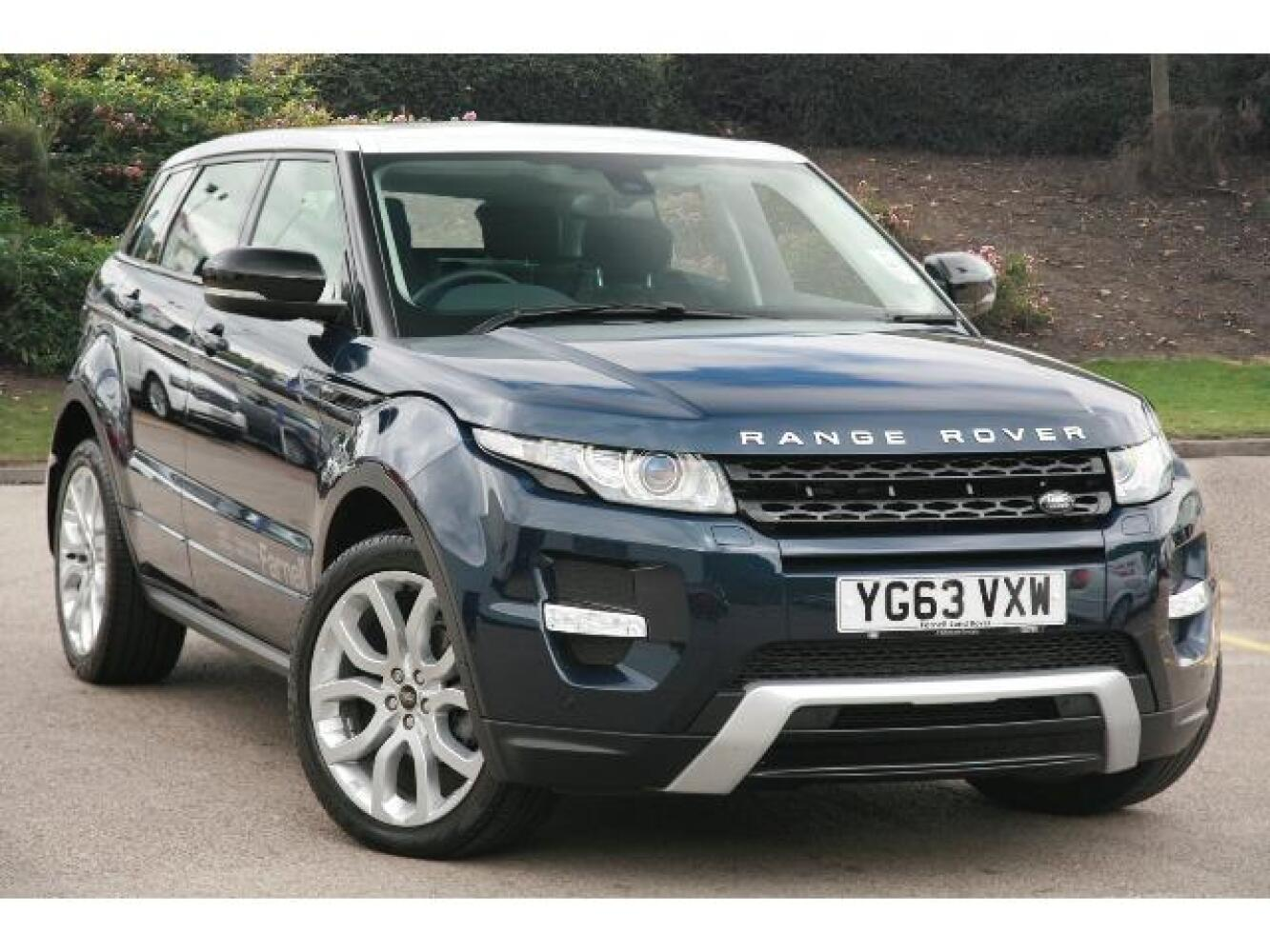 used land rover range rover evoque 2 2 sd4 dynamic 5dr auto diesel hatchback for sale farnell. Black Bedroom Furniture Sets. Home Design Ideas